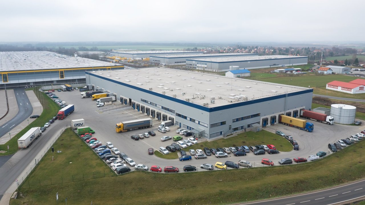 Nové logistické centrum Cargo-partner u Prahy se rozšiřuje o