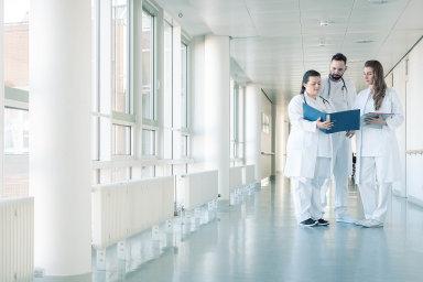 Co všechno může probíhat na chodbě nemocnice?