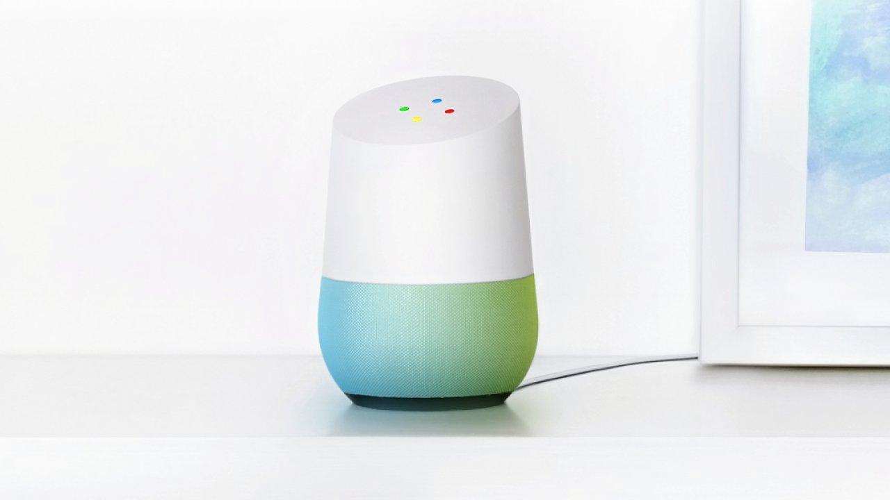 Google Home - reprosoustava s přístupem k vyhledávání a možností ovládat hlasem celou domácnost