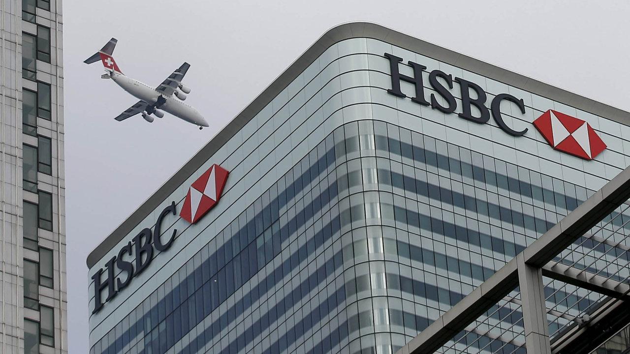 FSB již dříve zveřejnila seznam 30 bank, které považuje zasystémově důležité, protože jejich kolaps by měl širší dopady nasvětový finanční systém. Je mezi nimi i HSBC.