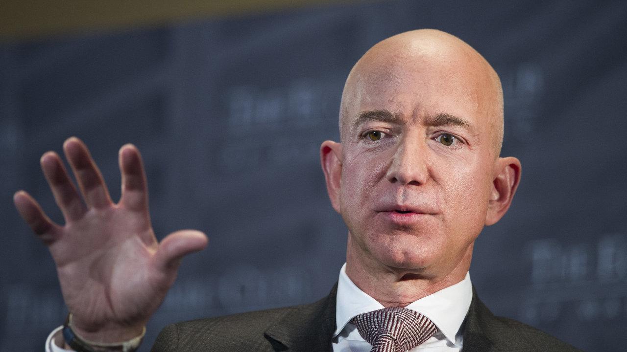 Zakladatel a generální ředitel internetového obchodu Amazon Jeff Bezos.
