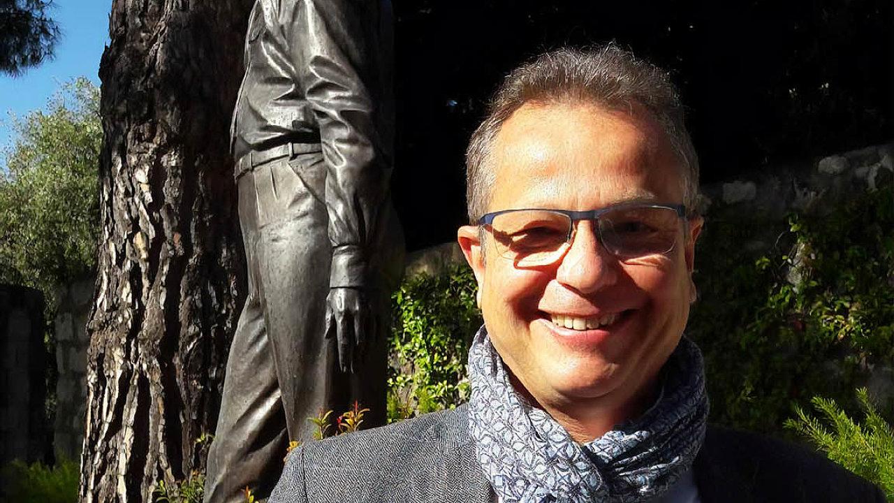 Čekání na hvězdy. Ředitel Kongresového centra vCannes Philippe Lougarre ještě chová naději, že se dočká letošního filmového festivalu vplném lesku.