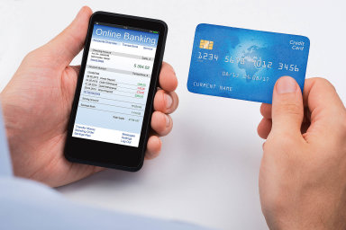 Zájem o mobilní bankovnictví rychle roste