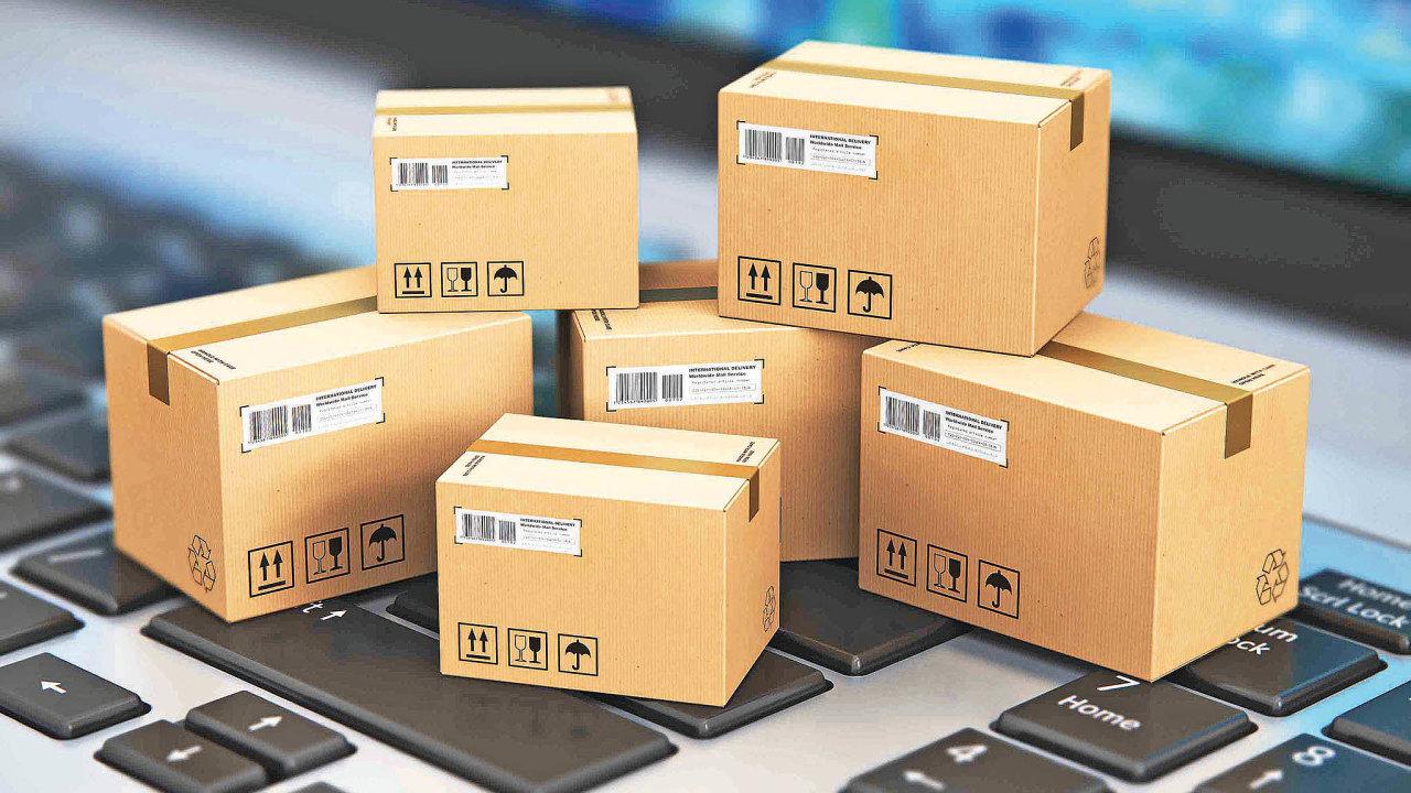 Různí dopravci jsou s cenou různě citliví na rozměry a váhu zásilky, s tím si musí web služby poradit a nabídnout uživateli varianty pro výběr.