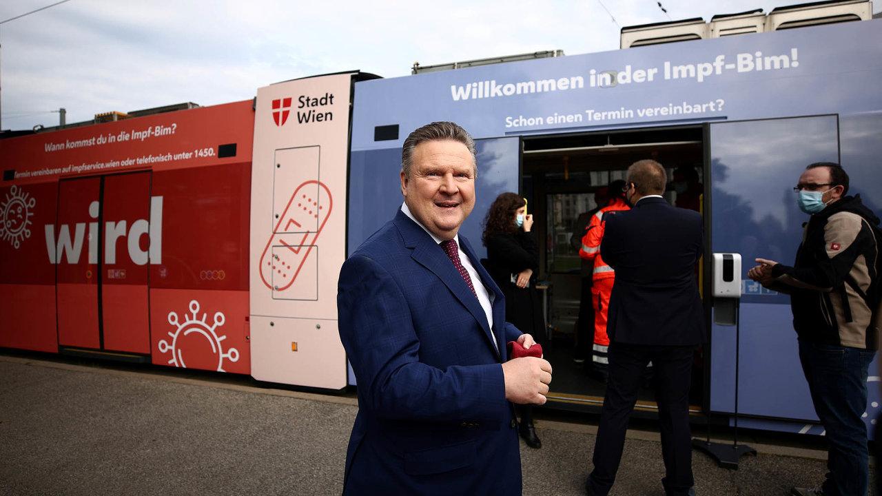Nic není jisté. Dosavadní starosta Vídně Michael Ludwig bere průzkumy srezervou.