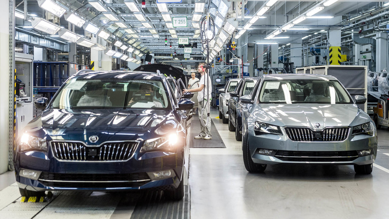 V nové továrně koncernu Volkswagen by se měly vyrábět vozy Škoda Superb.