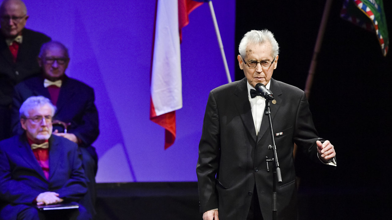 Ve věku 93 let zemřel 23. února 2021 předseda Klubu dr. Milady Horákové, spisovatel a bývalý politický vězeň František Šedivý.