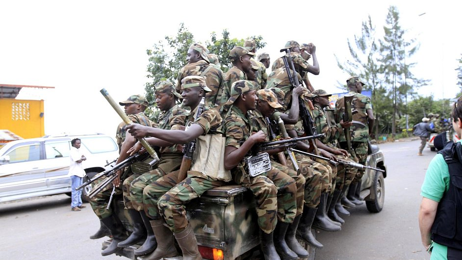 Rebelové přijíždí do města Goma na severovýchodě Konga