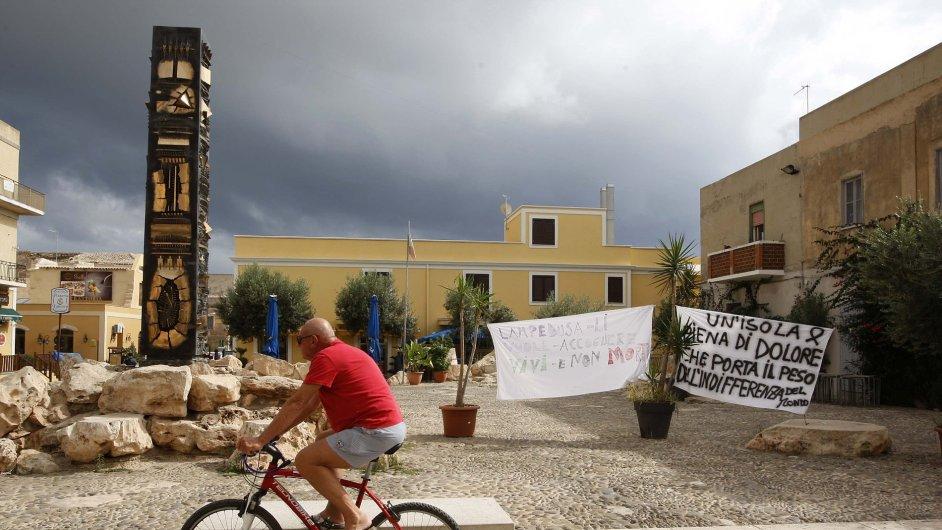 V ulicích Lampedusy