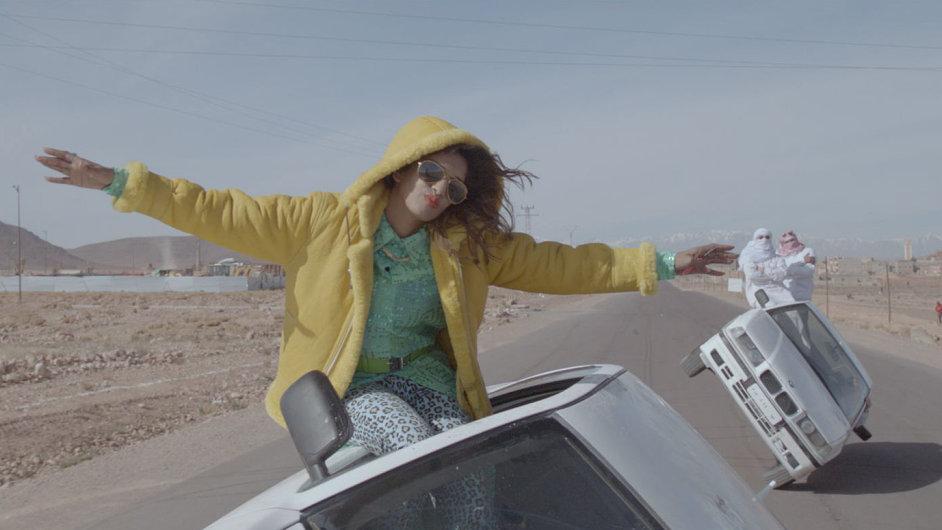 Součástí alba Matangi je také dříve vydaný single Bad Girls.