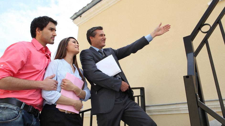 Exkluzivní smlouva s realitkou může usnadnit prodej nemovitosti