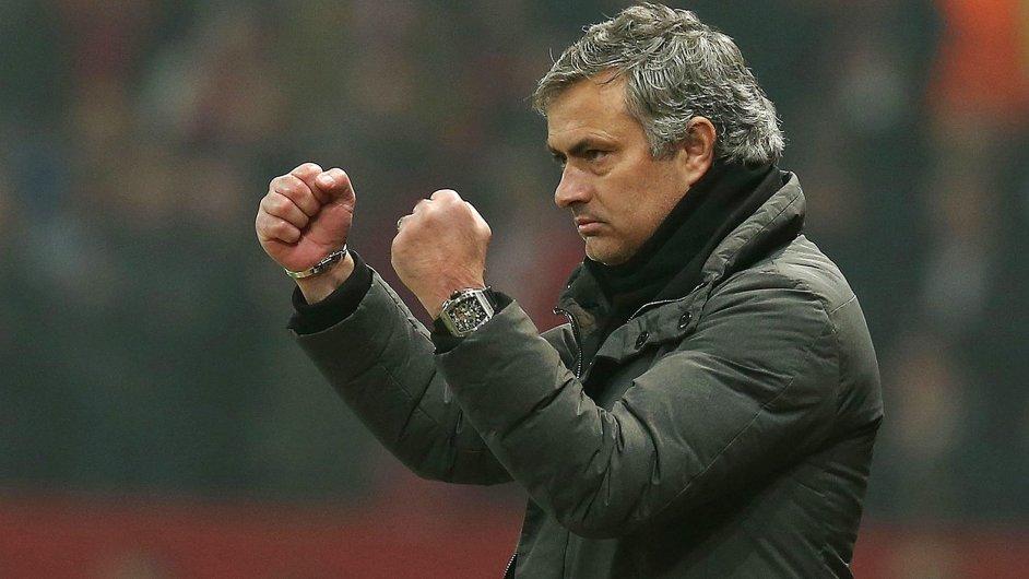 José Mourinho se nebojí práce ani silných slov.