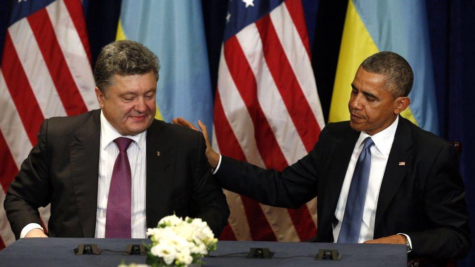 Obama se ve Varšavě sešel s Porošenkem.