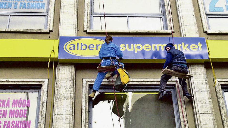 Nizozemská společnost Ahold v Česku provozuje téměř 300 prodejen.