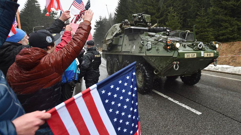 Přejezd amerického konvoje NATO přes Českou republiku.