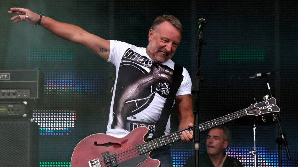 Peter Hook and The Light v Praze vystoupili poprv� v �noru 2012.