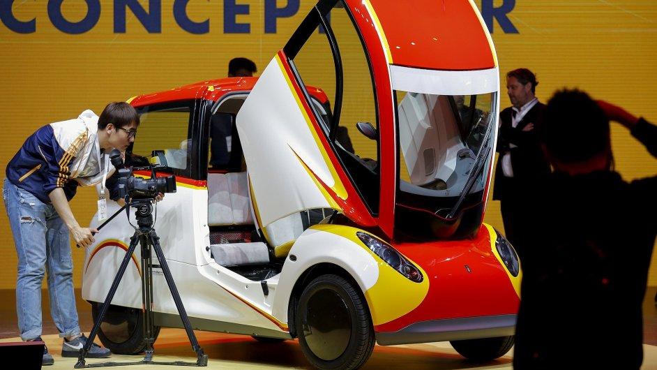 Shell představil v Pekingu svů koncept extrémně úsporného vozu.