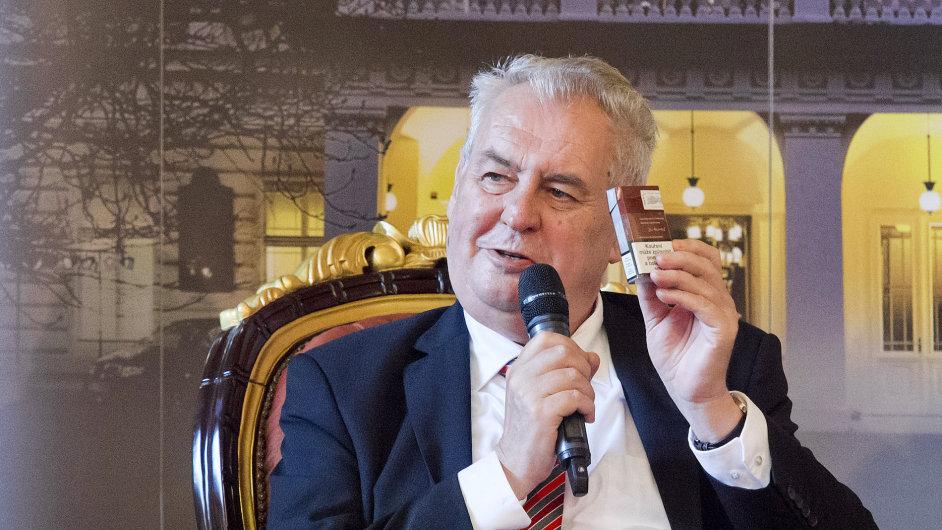 Prezident Miloš Zeman vystoupil 25. května v Praze najubilejním Žofínském fórudotazy týkající se nejnovějších legislativních kroků aproblémů v oblasti ekonomikypolitiky