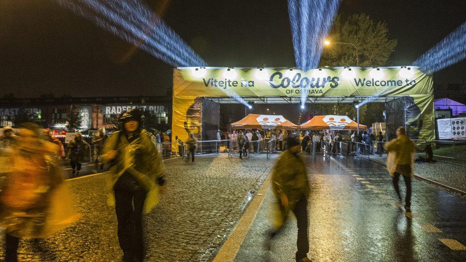 Snímek z letošního ročníku festivalu Colours of Ostrava.