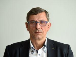 Nez_visl_ kandid_t Zden_k Nytra (na sn_mku z 10. __jna) postoupil do 2. kola sen_tn_ch voleb v obvod_ Ostrava-m_sto.