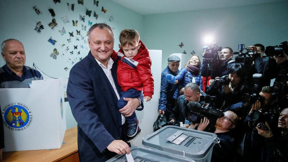 Prezidentské volby v Moldavsku vyhrál Igor Dodon.