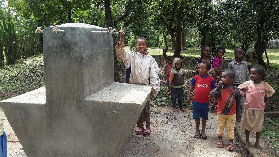 Vodní zdroj pro obyvatele Etiopie
