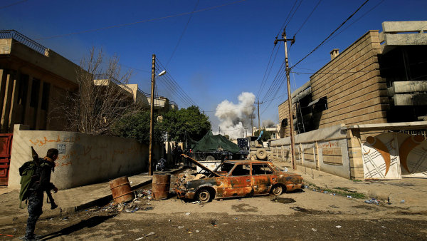 Boje momentálně probíhají v západní části města Mosul.