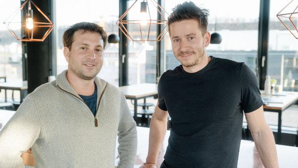Spolumajitel STRV David Semerád (vpravo) a americký investor Jeff Tannenbaum.