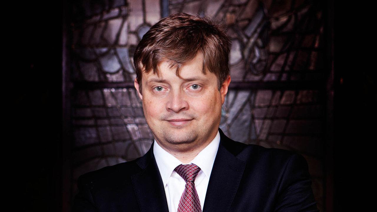 Odměněná aktivita. Finanční správa pod vedením Martina Janečka doposud popírala, že by úředníci dostávali odměny vzávislosti natom, jak aktivně doměřují firmám daně.