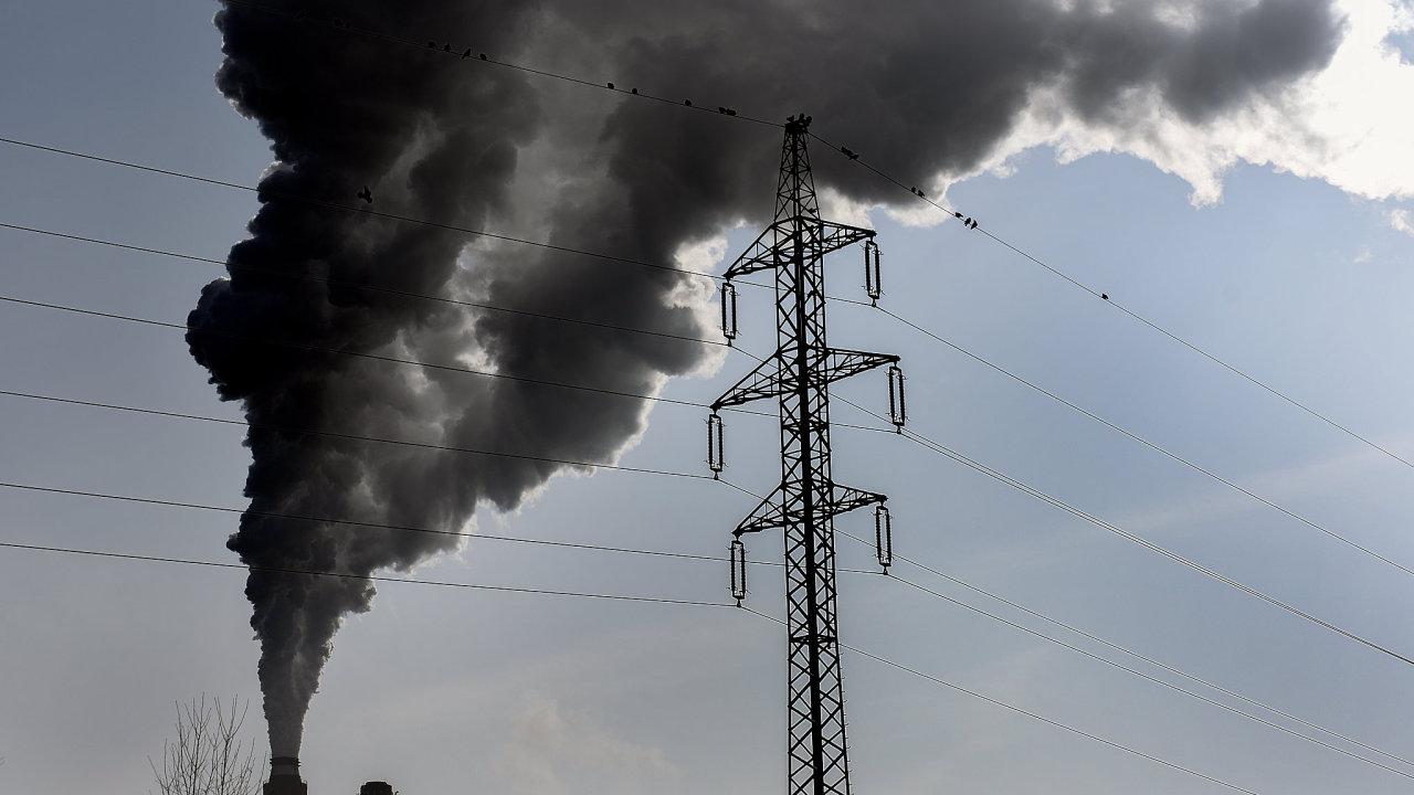 Uhelná elektrárna v Opatovicích nad Labem. 15.2.2018  Foto Petr Dohnal