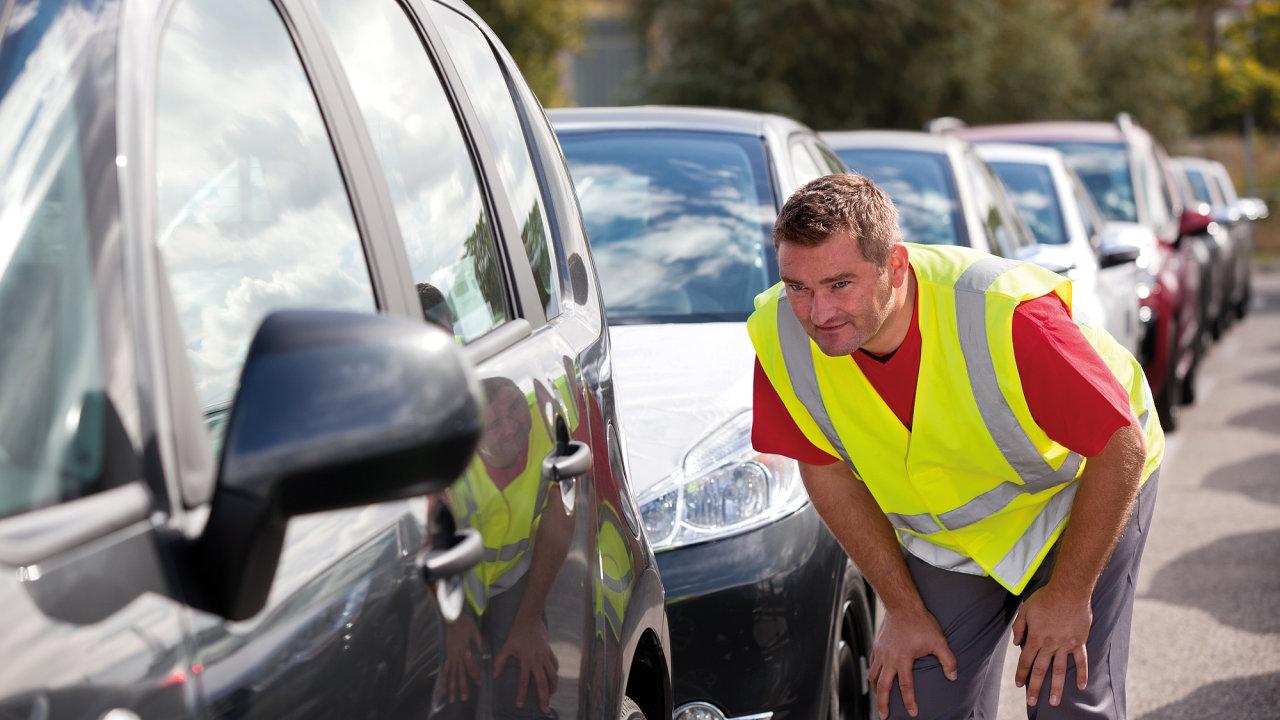 Dopravci se zaměřují na méně tradiční služby logistiky hotových vozů.