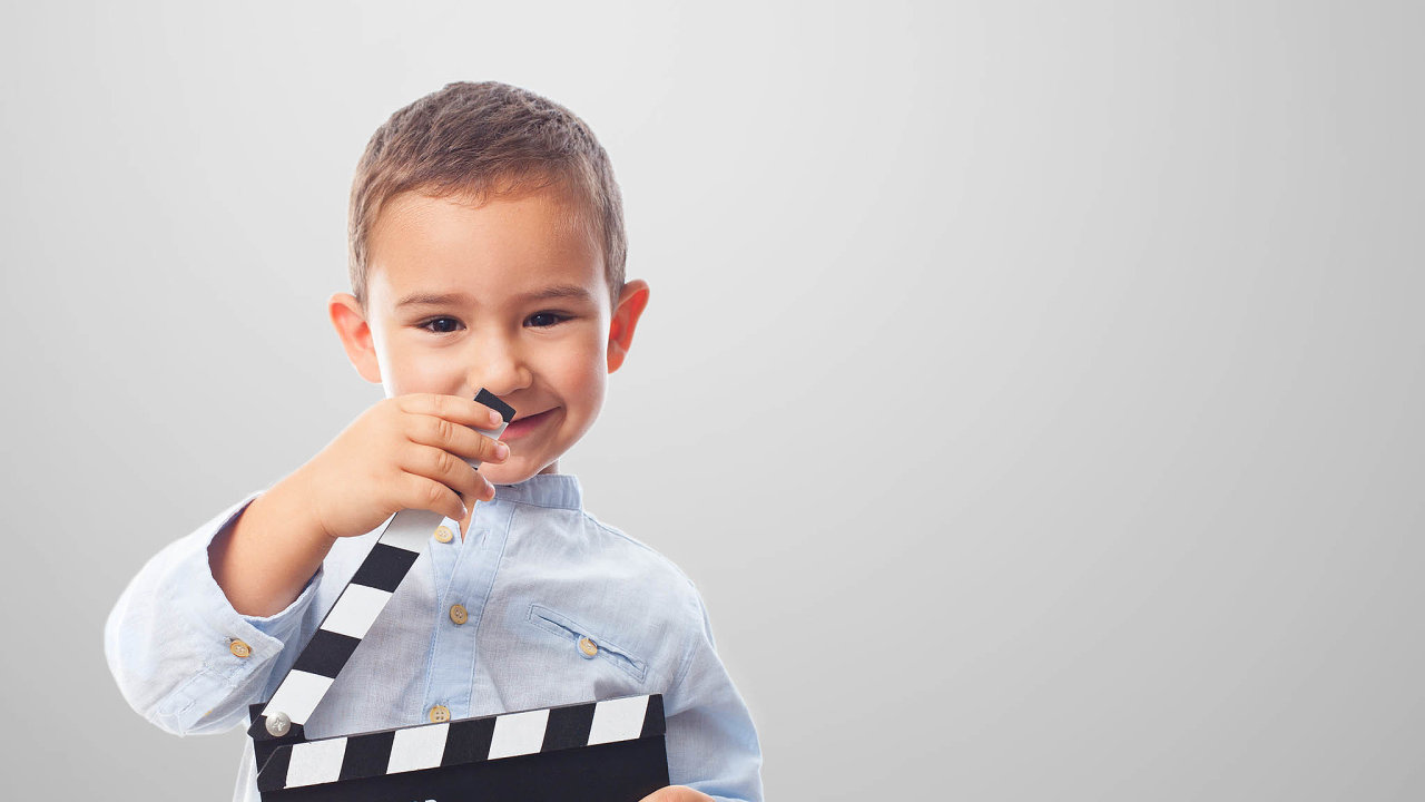 Placené účinkování dětí ve filmu či reklamě má striktní pravidla (ilustrační snímek).