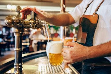 Od1. května se má utočeného alkoholického piva snížit DPH z21 na10 procent.