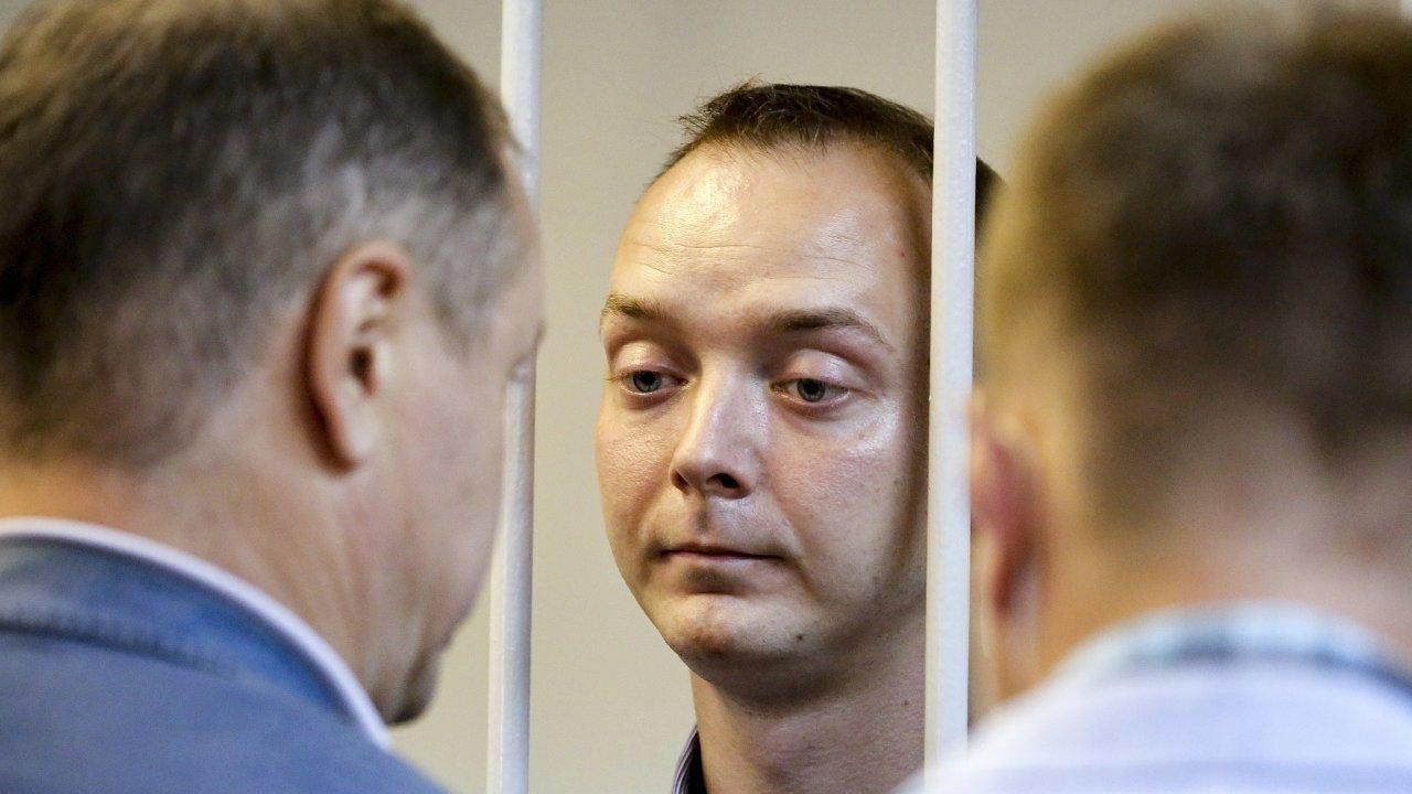 Zadržený Ivan Safronov.