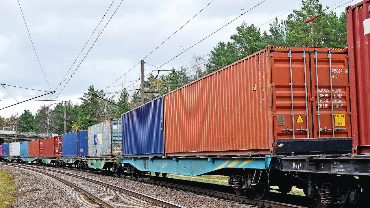 Ipřes výpadek způsobený koronavirovou krizí dorazilo doEvropy zaprvní čtyři letošní měsíce vporovnání sminulým rokem téměř očtvrtinu více vlaků.