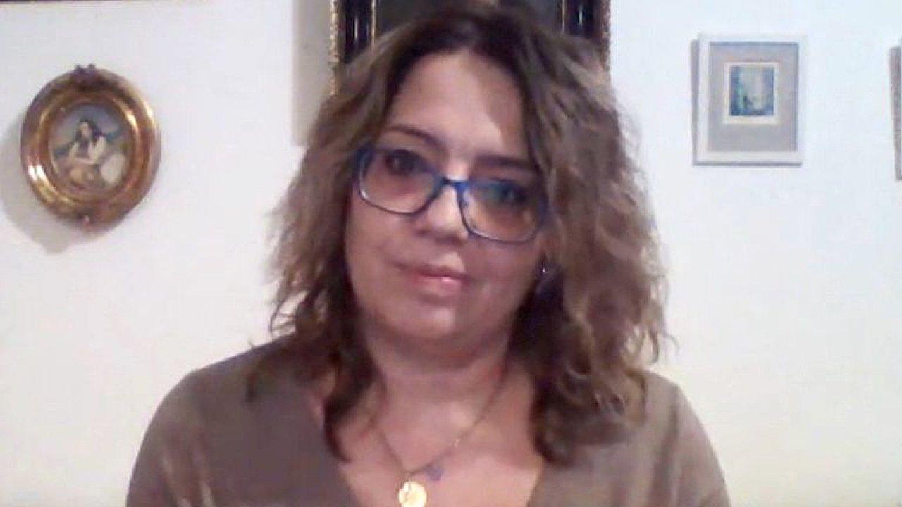 Sestra ARO: Nikdo mě neučil, že mi umřou dvě třetiny pacientů, podporu vlády necítím.