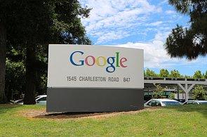 Google nečekaně mění strukturu. Má nového šéfa a stal se součástí holdingu Alphabet