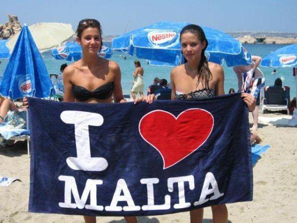 Tradičními rivaly jazykových kurzů v anglicky mluvících destinacích jsou Velká Británie a Malta.