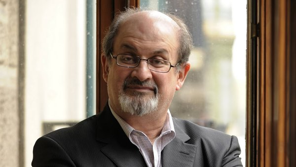 Salman Rushdie: Mus�me d�lat v�e pro to, abychom upozornili na osud ��nsk�ch disident�.