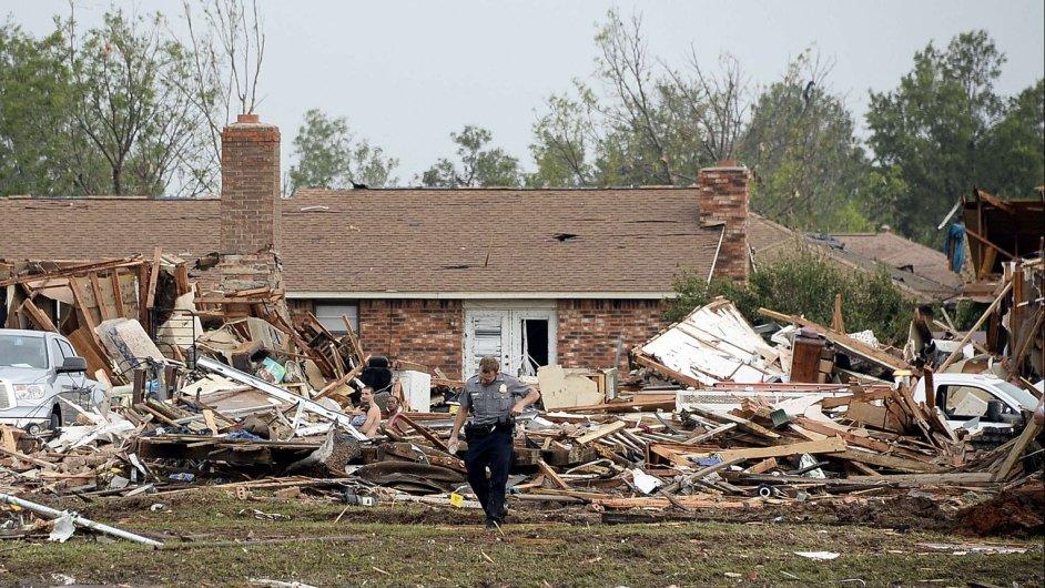 Tornádo v Oklahomě zabilo 51 lidí.