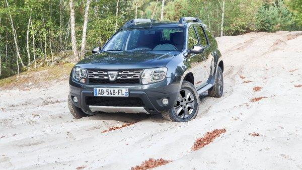 Dacia Duster je jednoznačně nejlevnějším SUV na českém trhu. A také druhým nejoblíbenějším po Škodě Yeti.