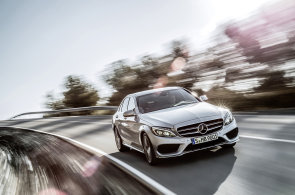 Nový Mercedes C shodil na váze a přibral na kráse. V Česku stojí 829 tisíc