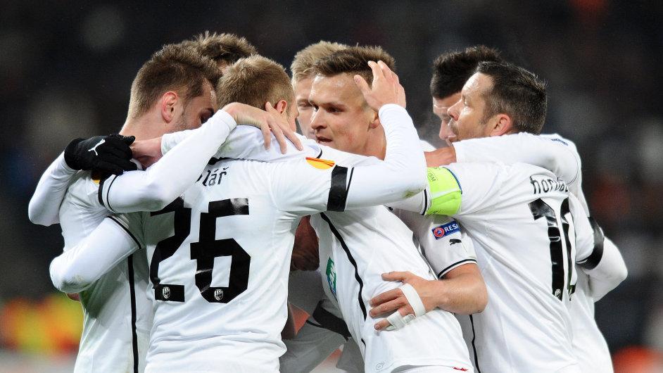 Radost plzeňských fotbalistů z prvního gólu