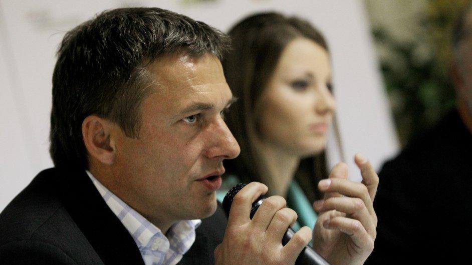 Alan Babický s golfistkou Klárou Spilkovou