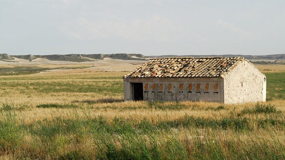Pouštní oblast Los Monegros ve španělské Aragonii