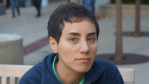 Maryam Mirzakhaniová vyhrála jako první žena Fieldsovu cenu.