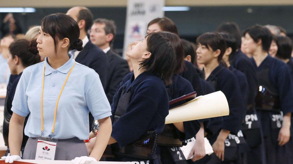 Zemětřesení o síle 8,5 zasáhlo oblast na východ od Japonska.