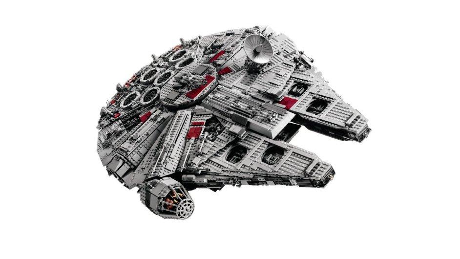 Lego Millenium Falcon - Star Wars z roku 2006 je nejdražším, které se nyní v aukcích prodává. Jeho cena vzrostla z 342 až na 2700 liber. To je zhodnocení o 690 procent.