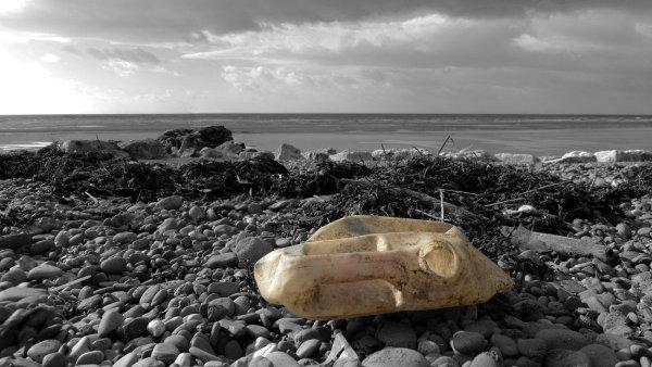 Permanentní znečišťování oceánu může mít katastrofální následky - Ilustrační foto.