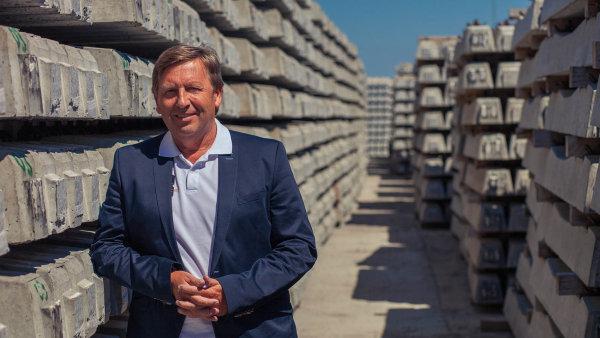 """""""Zaprvní pololetí jsme obchodně vmeziročním srovnání spadli skoro natřetinu,"""" říká ředitel společnosti ŽPSV Jan Spevák."""